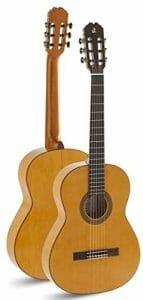 Admira 6 String Classical Guitar, Right triana